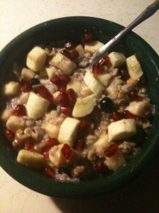 Breakfast Oatmeal w fruit