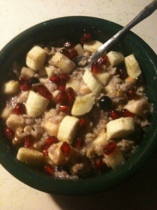 Breakfast Oatmeal w fruit