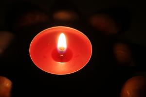 red tealight