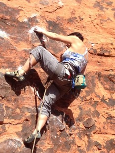 pixabay.com. mountain climbing. 709320