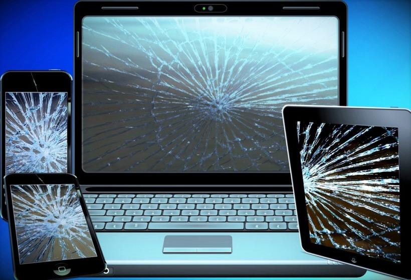 computer crack up-scrap-944452_960_720