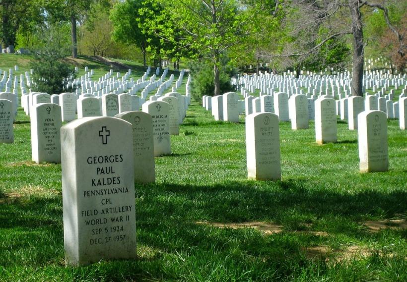 arlington-national-cemetery-354849_960_720.jpg pixabay