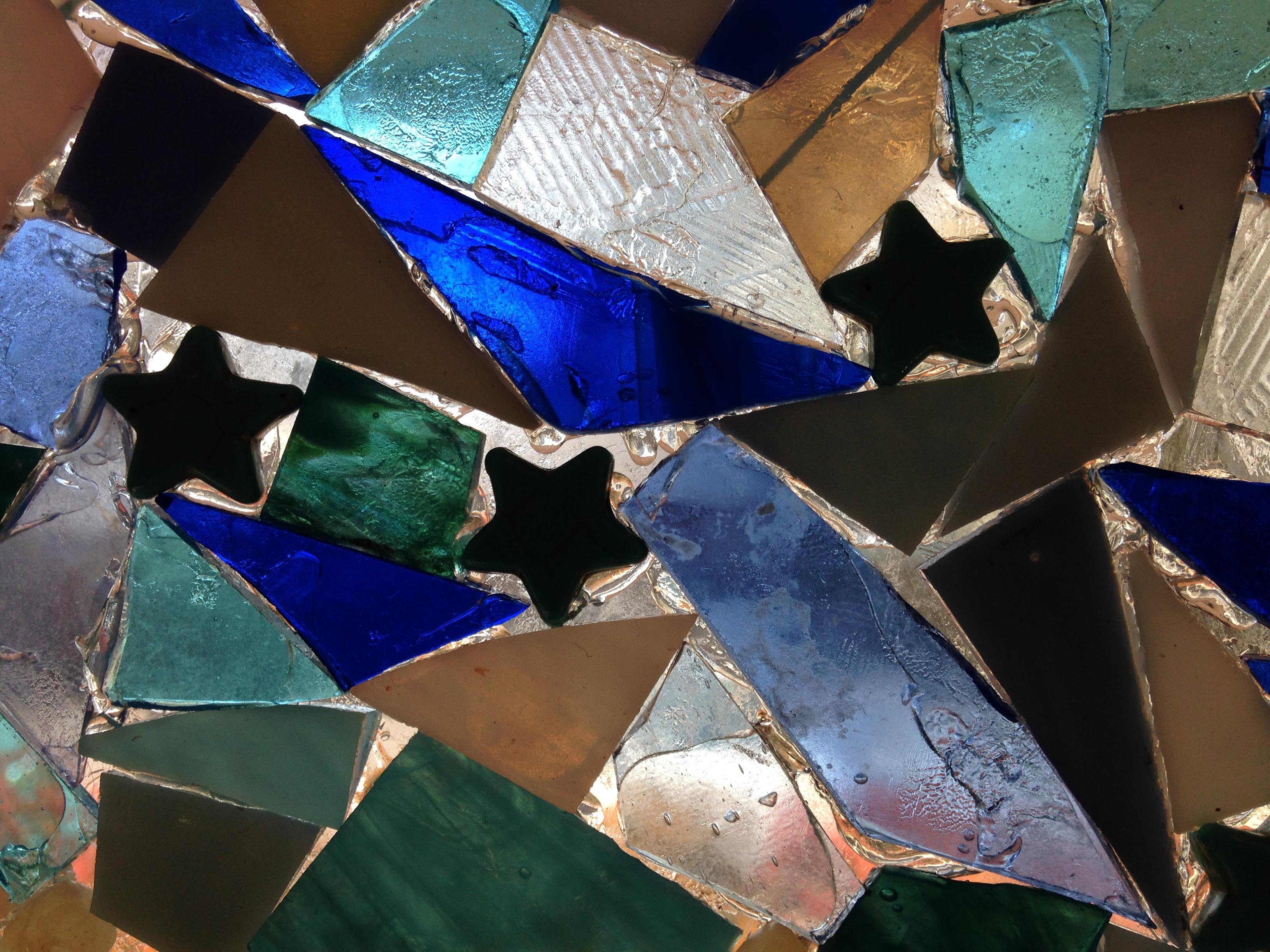 window-w-blue-with-stars