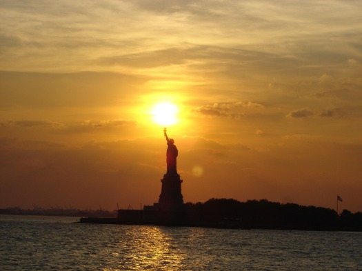 statue of liberty light