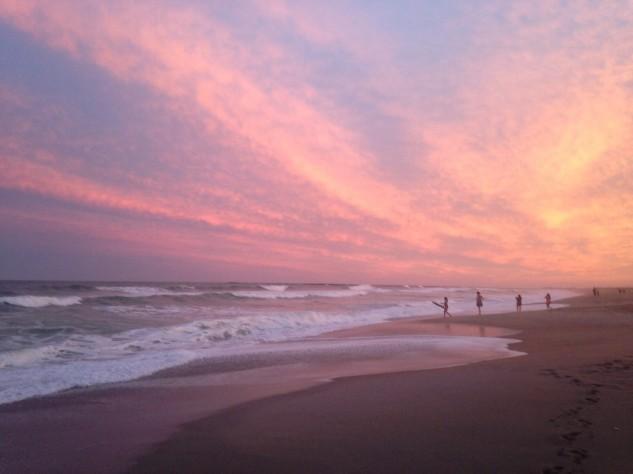 surf w pink sky.jpg